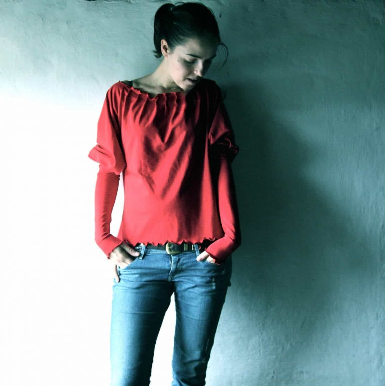 Red Cotton Blouse with Pleats
