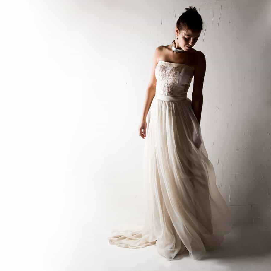 wedding dress alternatives crocus alternative wedding dress larimeloom handmade 9192