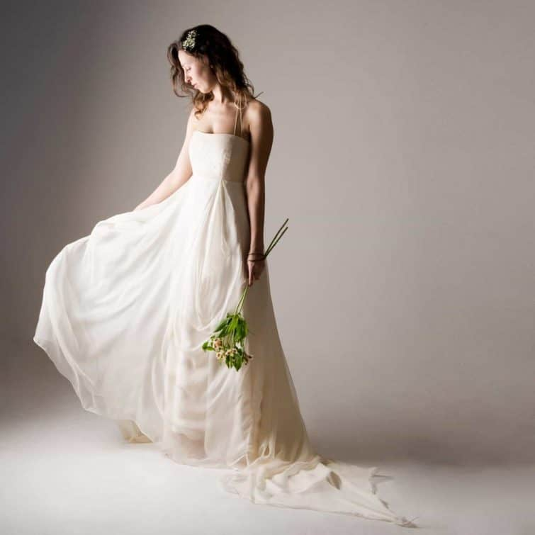 Nigella ~ Backless Wedding Dress