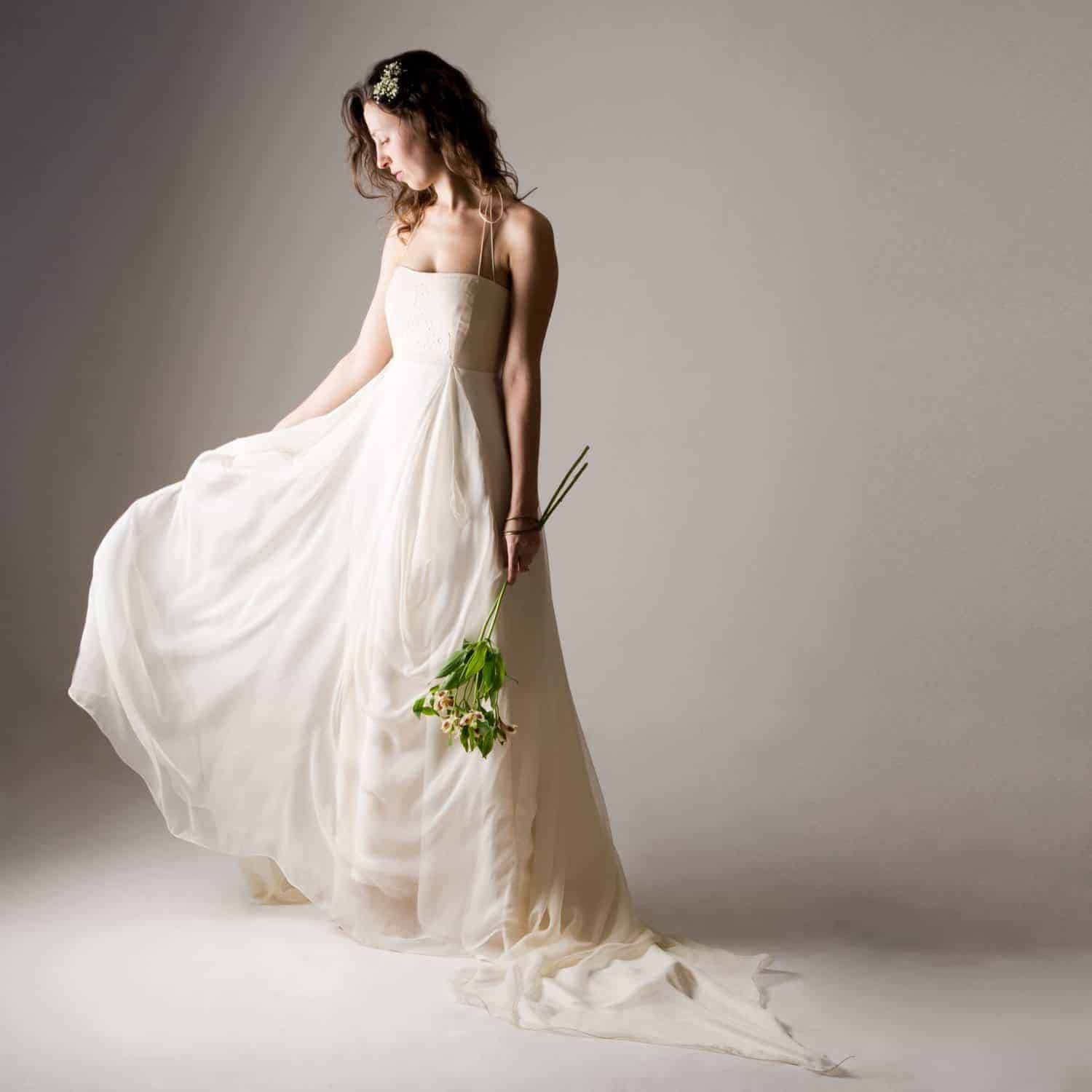 Backless Wedding Dresses: Fairy Backless Wedding Dress