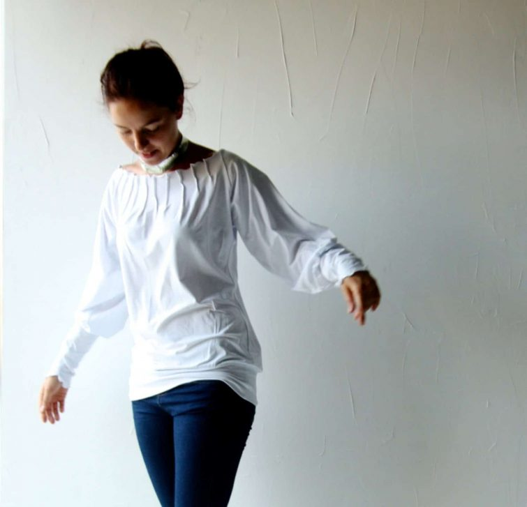 Off the Shoulder Pleated Blouse
