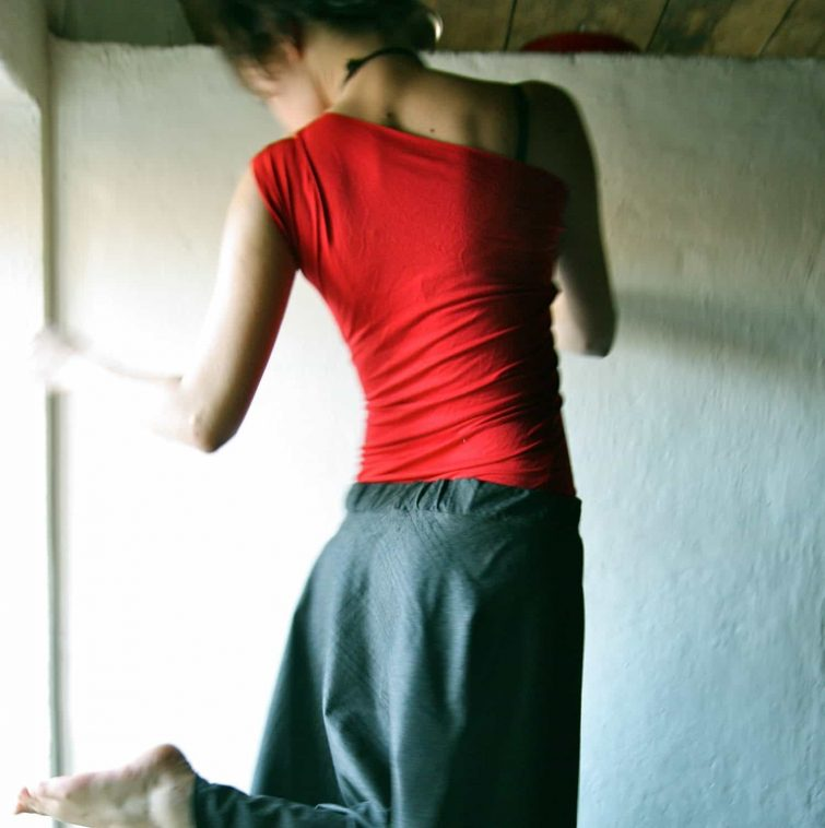 One Sleeve Yoga Top
