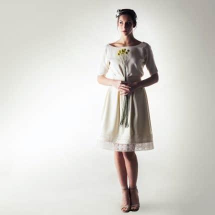 Elbow sleeve short wedding dress