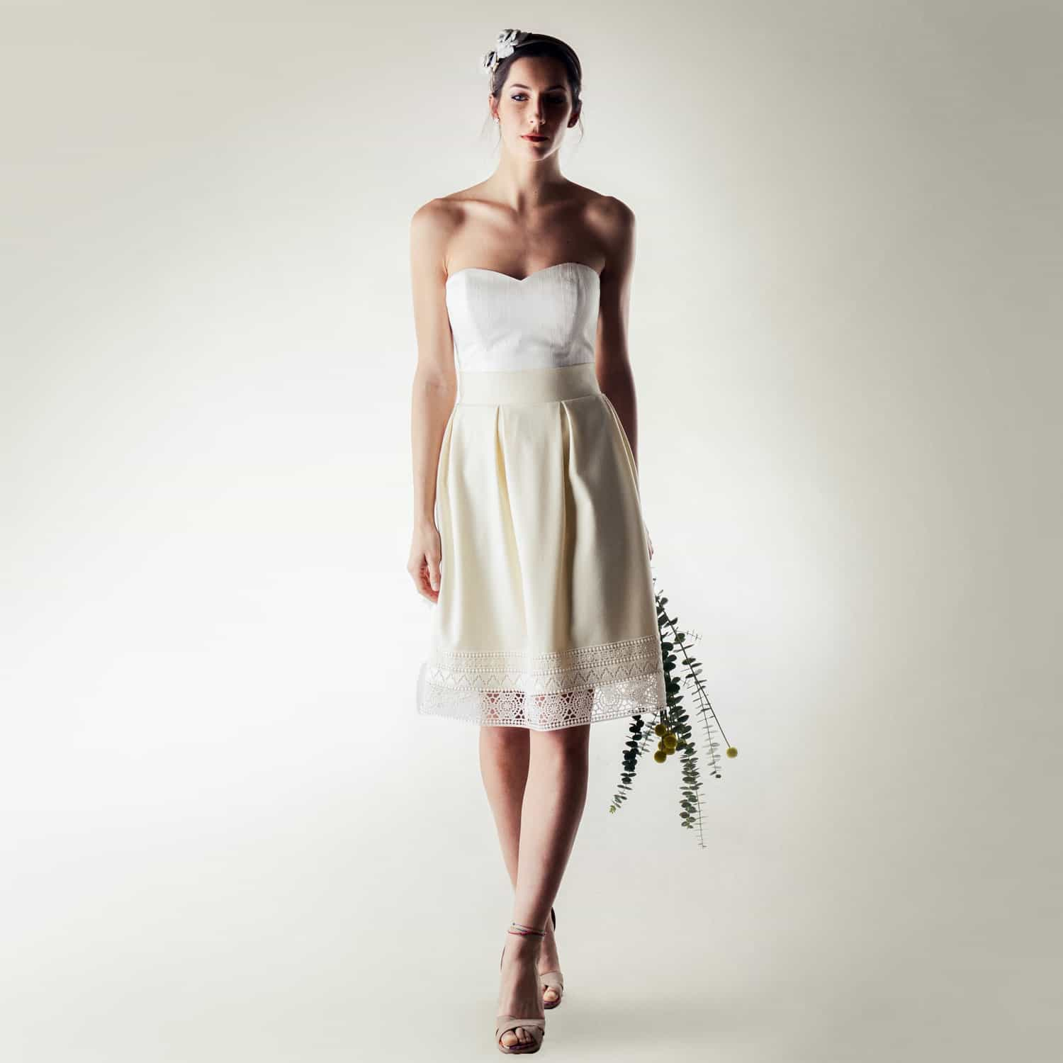 Short winter wedding dress in wool and silk - handmade in Italy