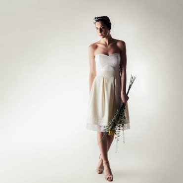 e5c9c3e50635 Short winter wedding dress - Larimeloom
