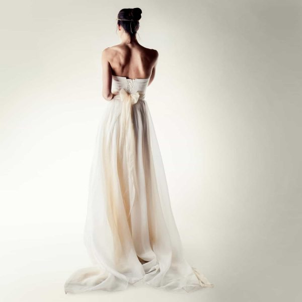 strapless wedding dress outfit