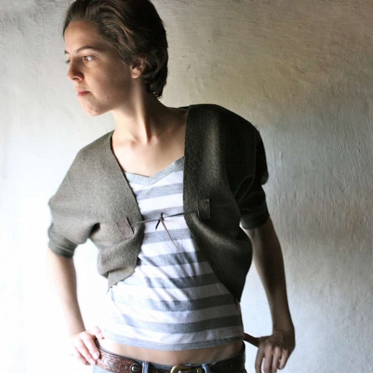 Wool shrug, Felt bolero, Wool jacket, Wool cardigan, Wool top, Wool wrap,Layering top, Handmade clothing, Crop top, Felt shrug bolero, larp