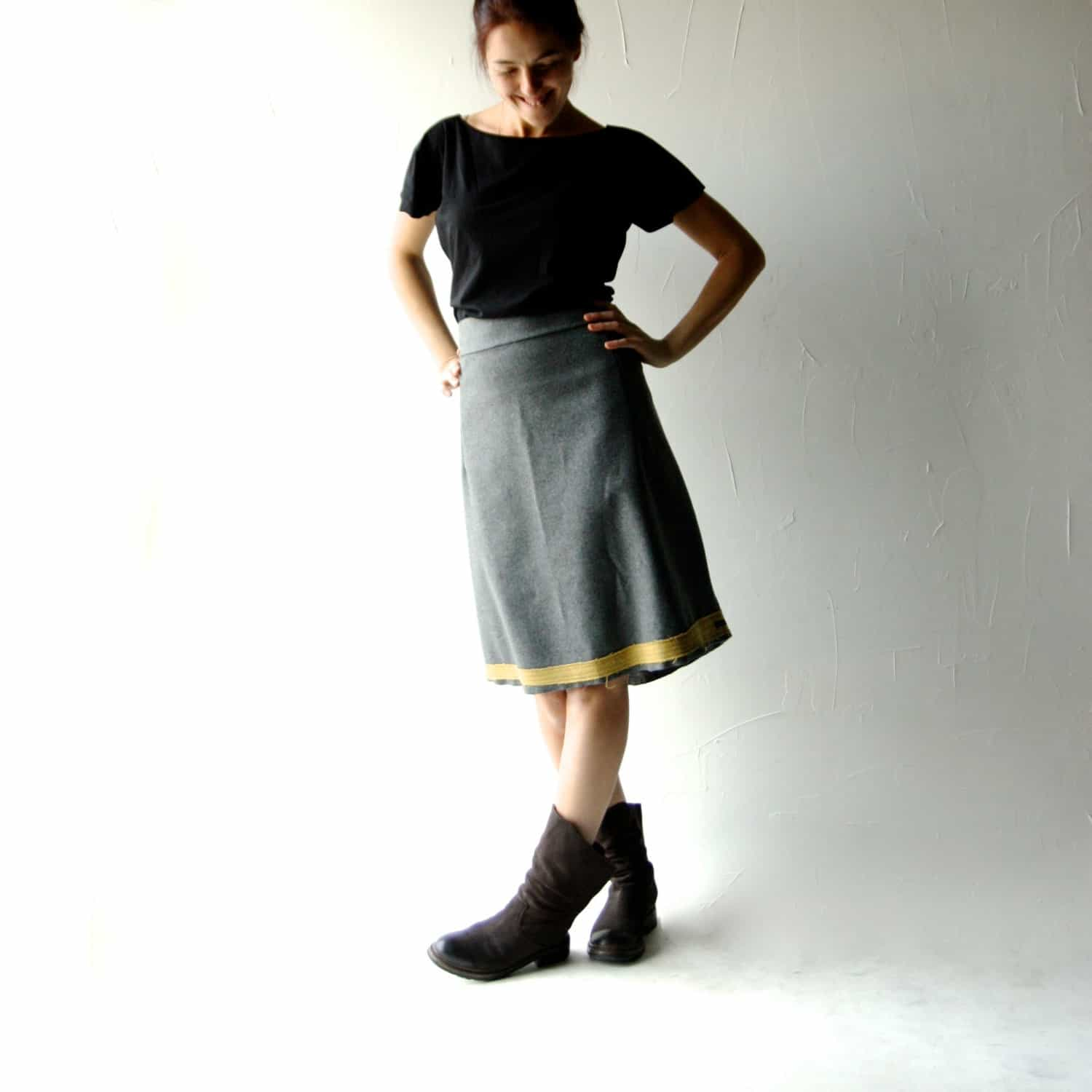 High waisted wool skirt - Larimeloom Handmade Italian Clothes