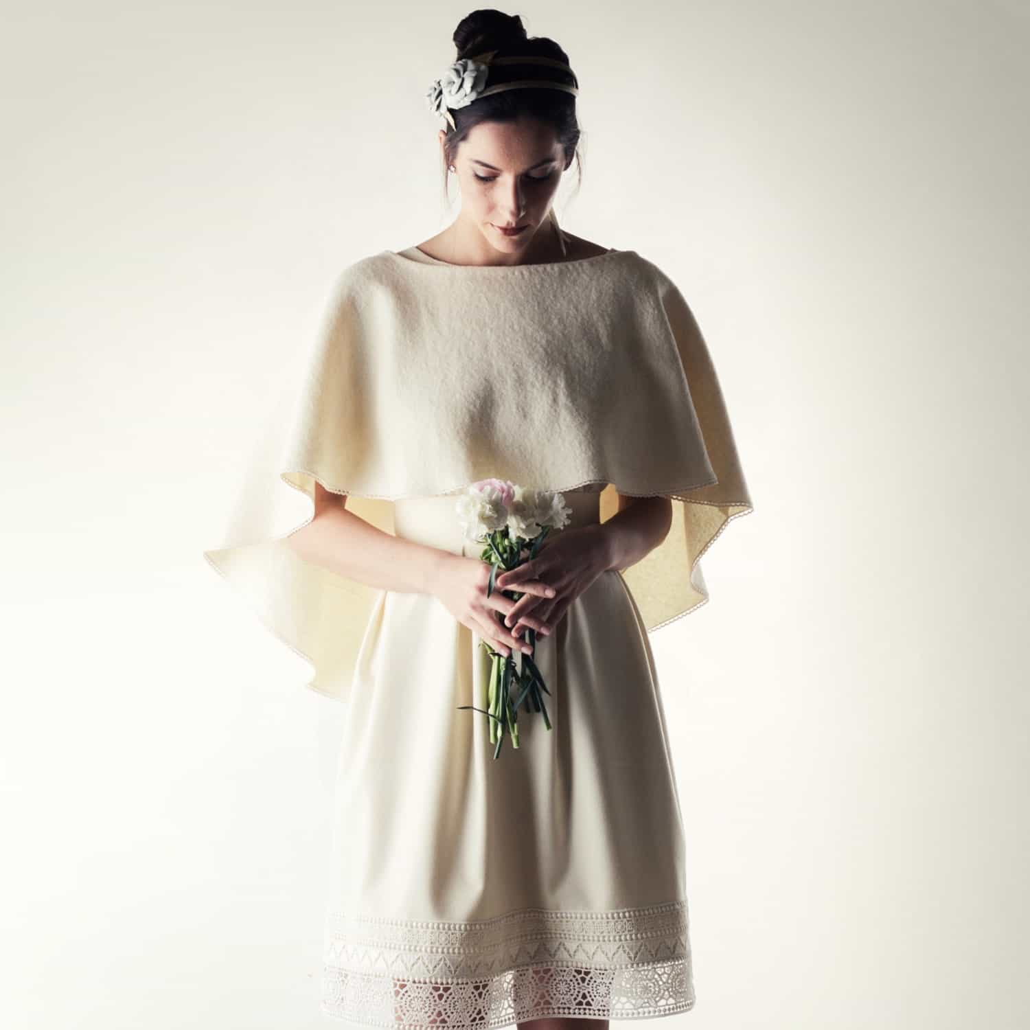 305d4e3f6e Siphisia ~ Bridal wedding cape in wool - Larimeloom | Made in Italy
