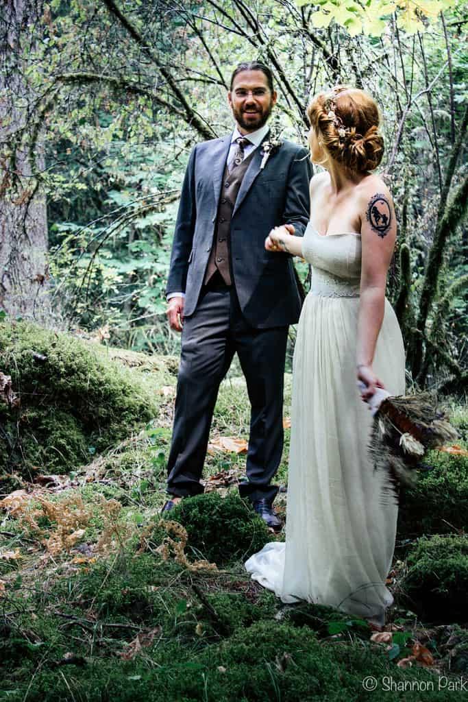 Fairy bride in Larimeloom wedding dress