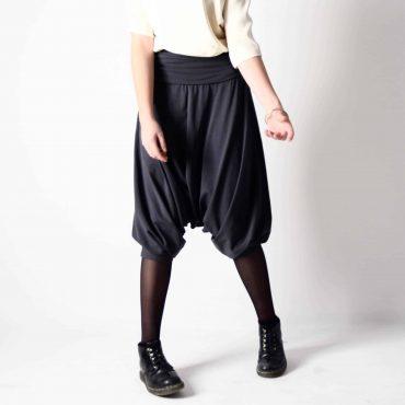 Tutina pantalone al ginocchio