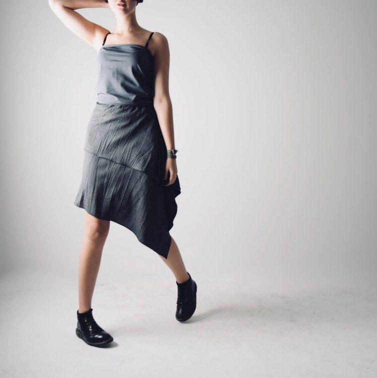 High-low grey skirt