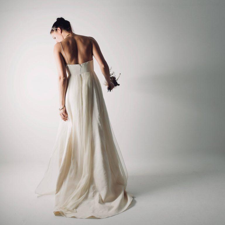 Echinacea ~ Linen Modern Wedding ~ Simple wedding dress by Larimeloom