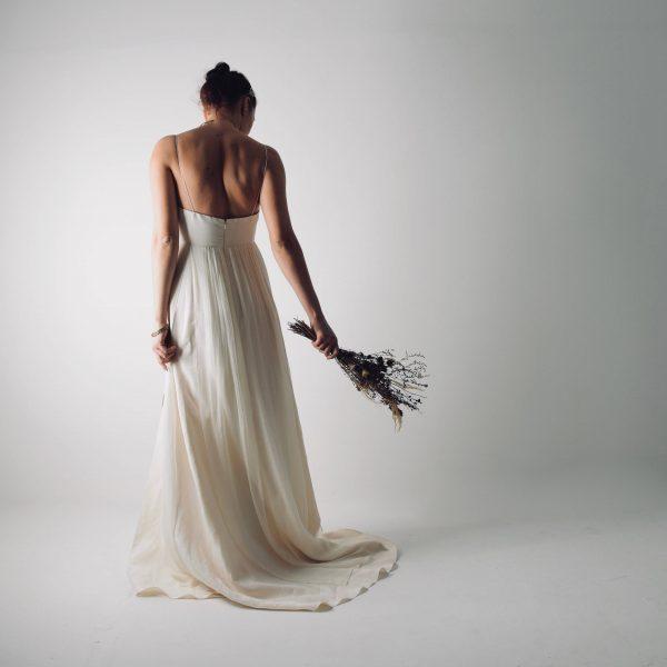 Modern Simple Wedding Dresses: Simple Wedding Dress By