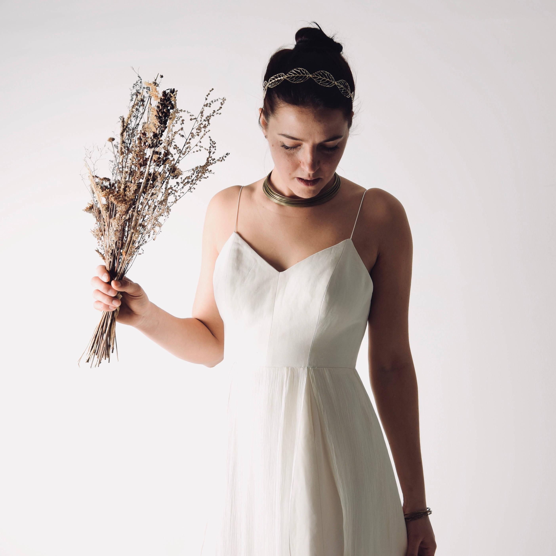 Modern Simple Wedding Dresses: Echinacea >> Larimeloom