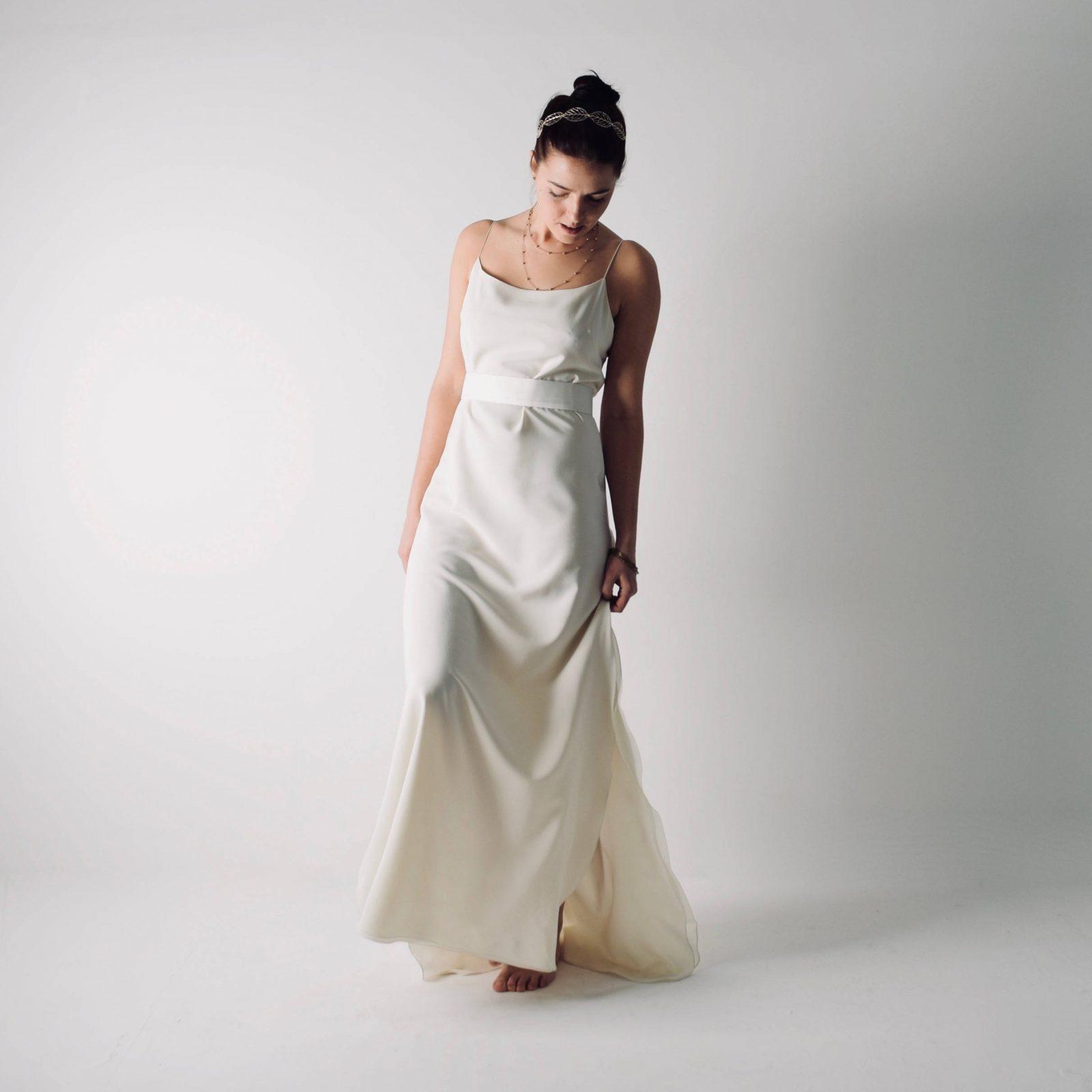 Simple Casual Wedding Ideas: Simple Slip Wedding Dress