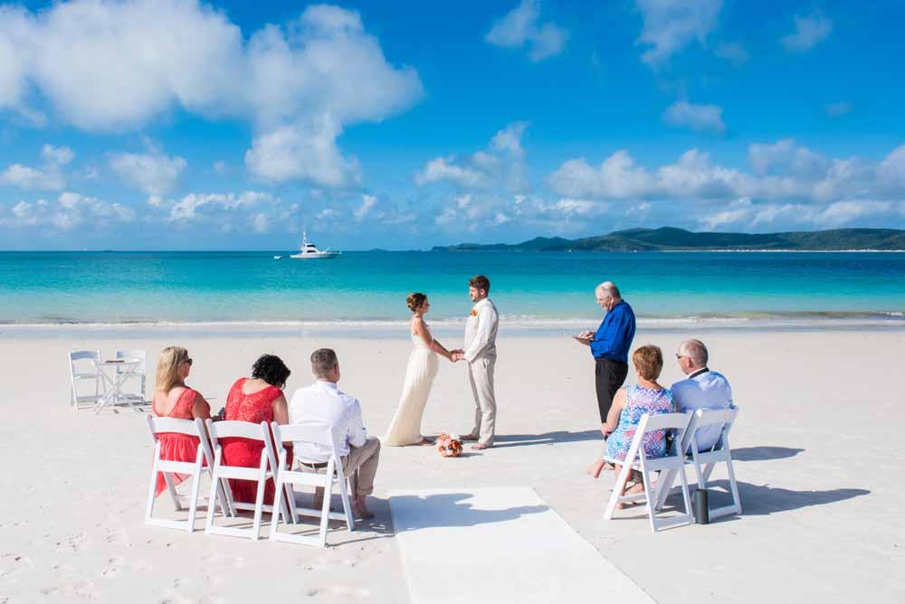 M + J and their Bahamas dream wedding ~ Larimeloom real bride