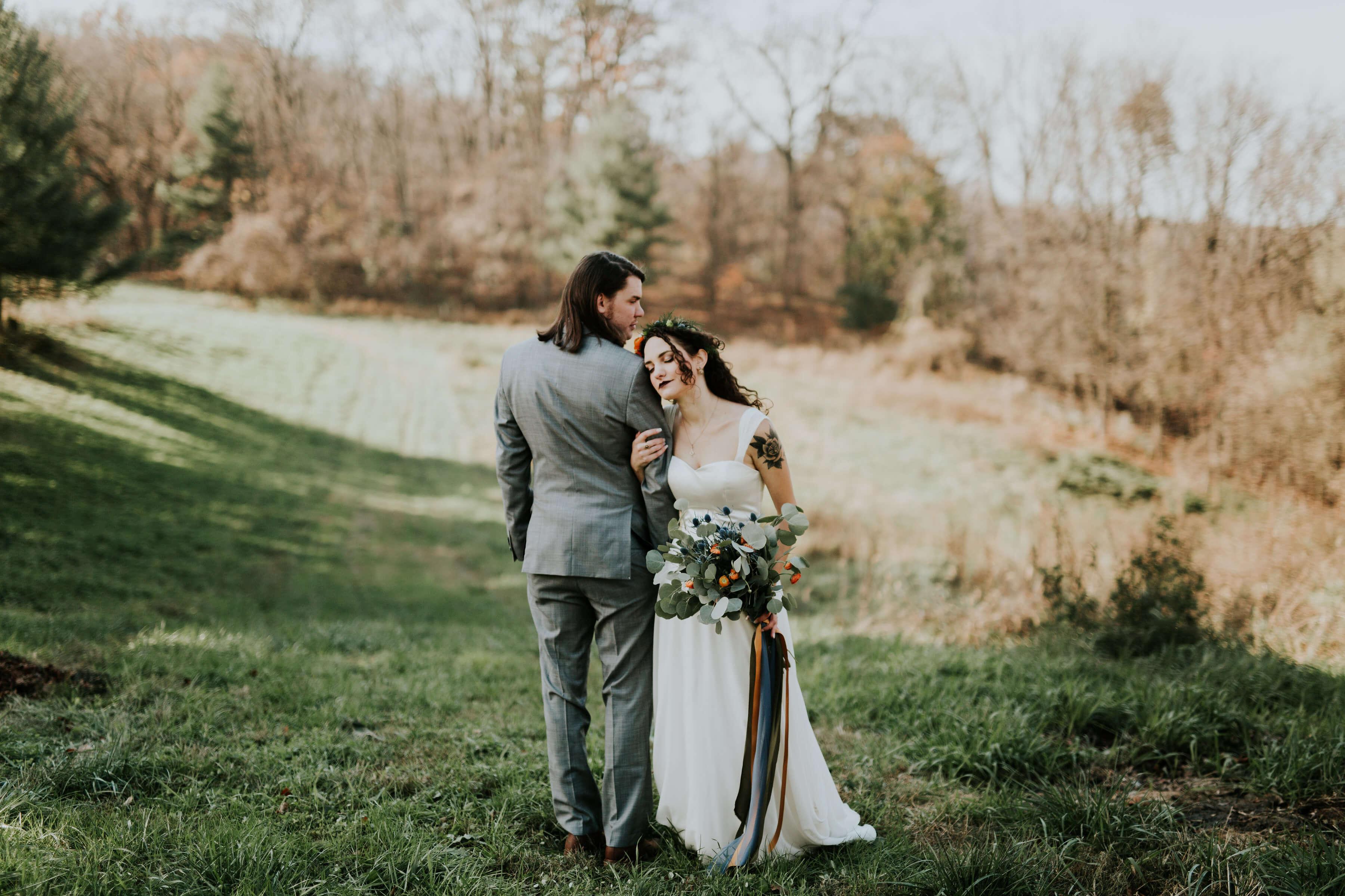 Jess & Garrett ~ Moody, beautiful barn wedding ~ Real bride in Larimeloom
