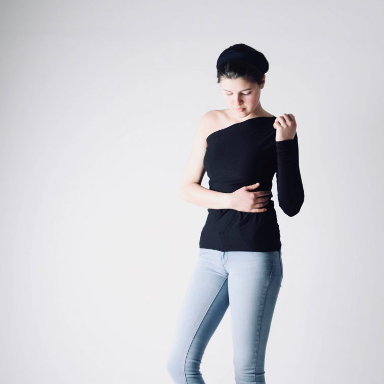 One Sleeve fitted blouse
