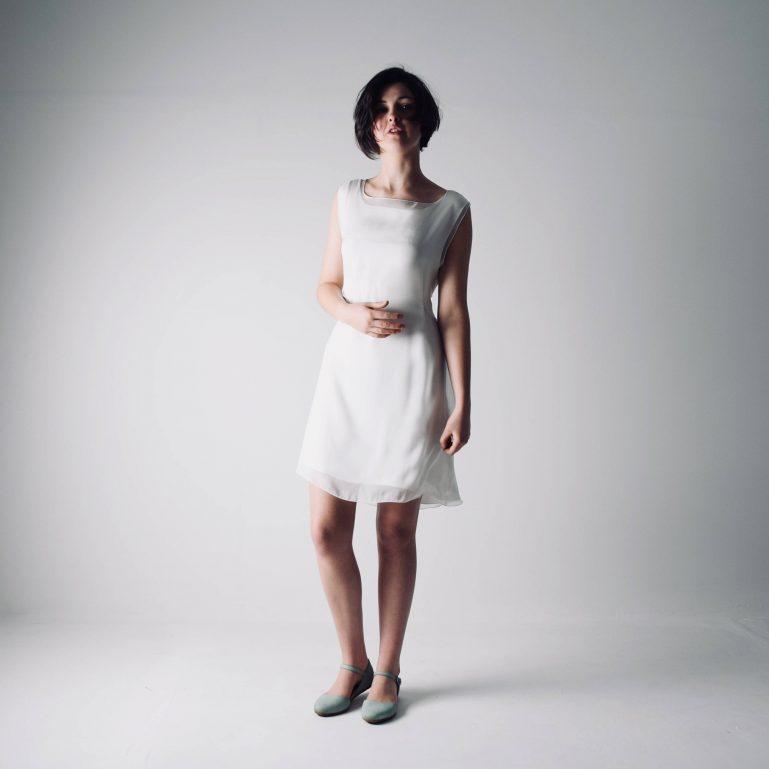 Lisianthus ~ Short Tunic Wedding Dress - Larimeloom Handmade ClothingqLisianthus ~ Short Tunic Wedding Dress - Larimeloom Handmade Clothing
