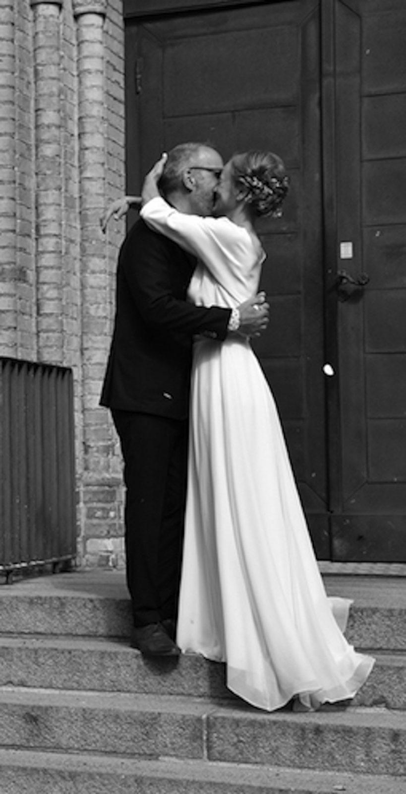 Long sleeve simple wedding dress