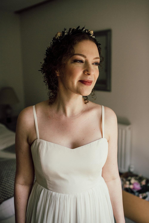 Maternity wedding dress, Wedding in England, Wedding dress with sleeves